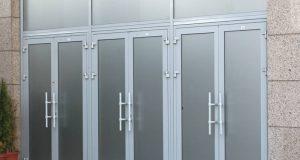 Алюминиевые двери: в чем особенность?