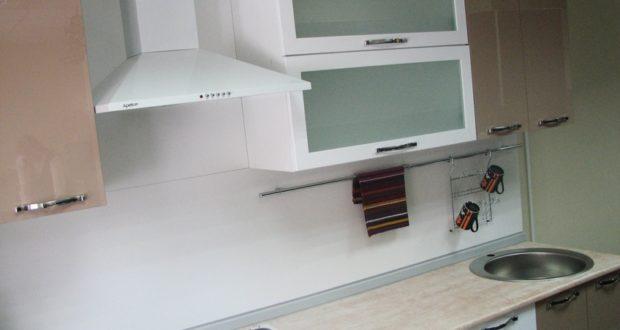 Выбор кухонного плинтуса